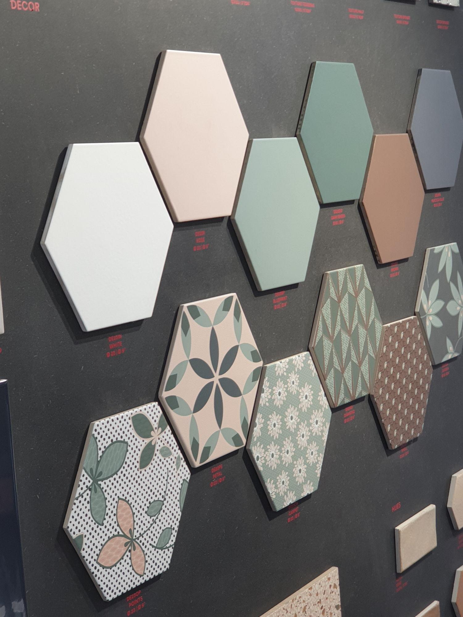 Płytki heksagonalne Ornamenta w pastelowych kolorach