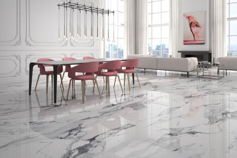 Gres imitujący marmur geotiles crash marble w salonie