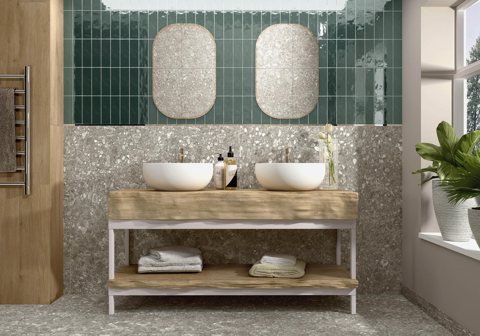 Łazienka z dwoma białymi umywalkami nablatowymi, dwoma lustrami i płytkami At.Urbex Arena