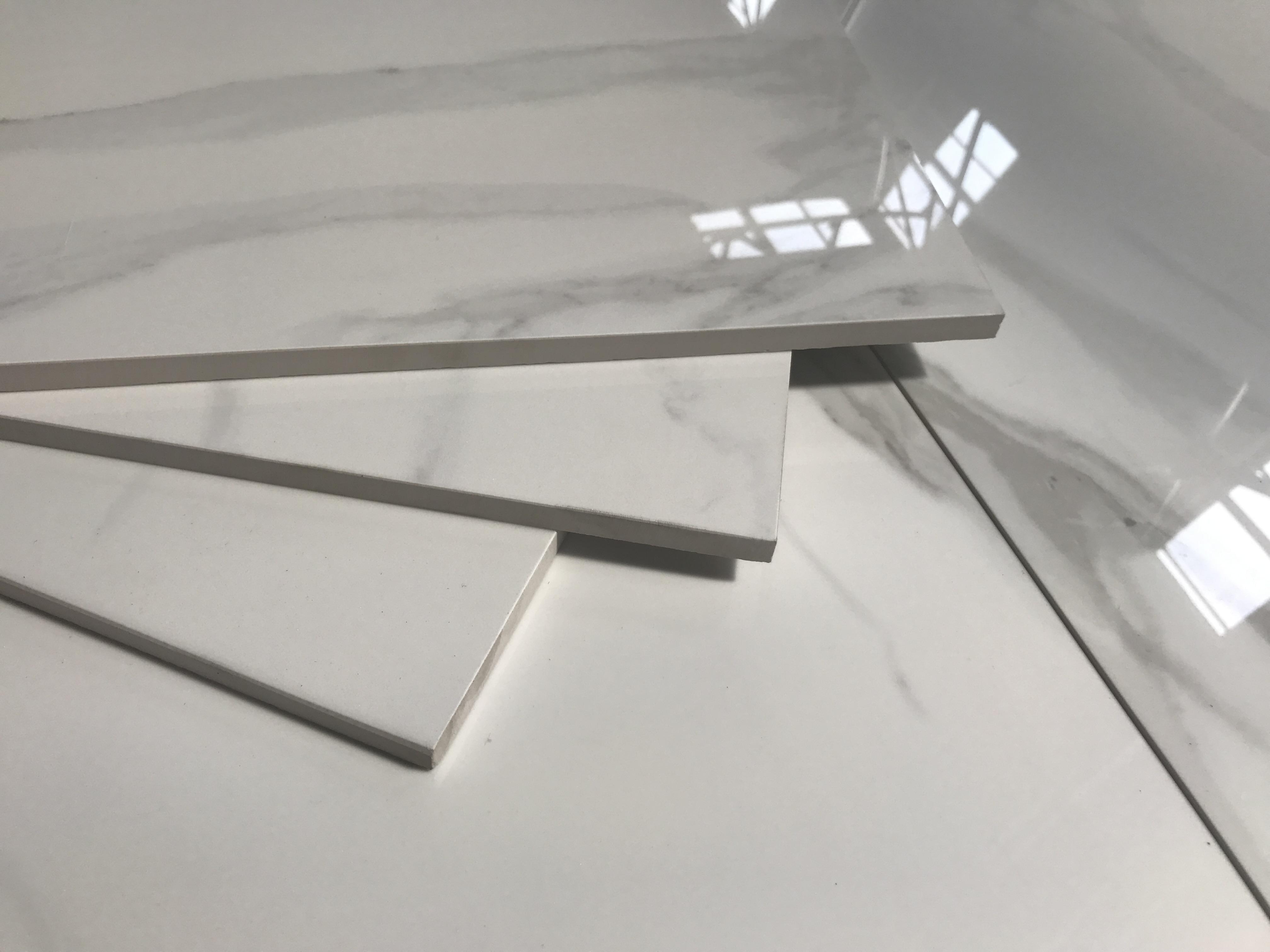 płytki podłogowe 60x120 biały marmur z szarymi smugami wielkoformatowe Navarti Forum Blanco