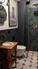 Łazienka w stylu vintage z płytkami Equipe Artisan Moss Green 6,5x20