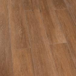 Kompozycja podłogowa stworzona z płytek gresowych drewnopodobnych w kolorze brązu Viggo Fresno 20x120