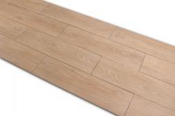 Płytka podłogowa gresowa imitująca drewno Viggo Arce 20x75 kilka sztuk ułożonych obok siebie