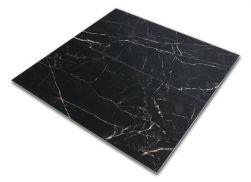 Dwie płytki podłogowe imitujące marmur czarne z białymi żyłami Strom 60x120