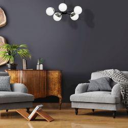 Żyrandol SFERA 5xE14 w grafitowym salonie z szarymi fotelami