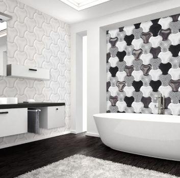 Biało-czarna łazienka z wanną wolnostojącą, białymi półkami z umywalką nablatową oraz lustrem z kinkietem