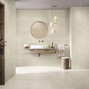Łazienka z elementami drewna w stylu skandynawskim