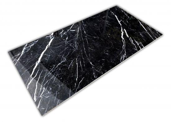 czarne marmur marquina