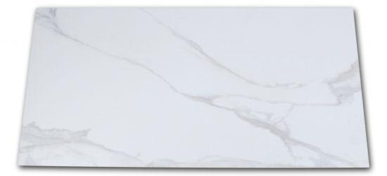 Płytka imitująca marmur biała z jasnymi smugami matowa Pontremoli Mate 60x120