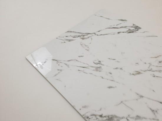 Płytki jak marmur z szarymi smugami Tinenza 60x120