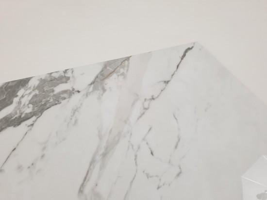 Płytka gresowa imitująca marmur 60x120 Tinenza