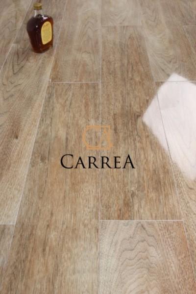 hiszpański gres drewnopodbny w połysku newtron roble baldocer