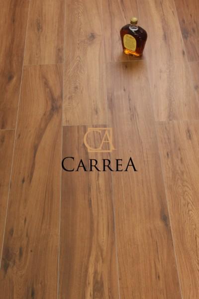 hiszpański gres drewnopodbny w ciepłym brązie milena cerezo Argenta