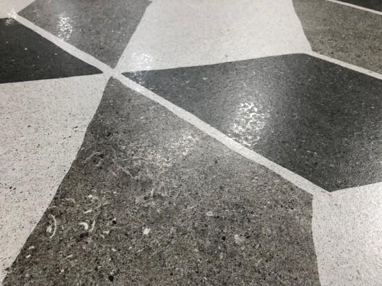 płytki dekoracyjne z lekkim połyskiem